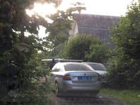 Сотрудники полиции и Следственного комитета приехали с обысками на дачу к муниципальному депутату района Тимирязевский Юлии Галяминой