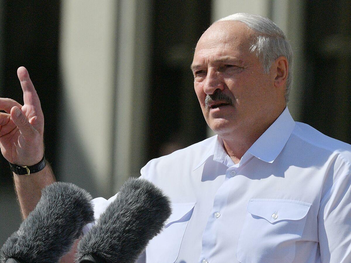 Лукашенко на митинге